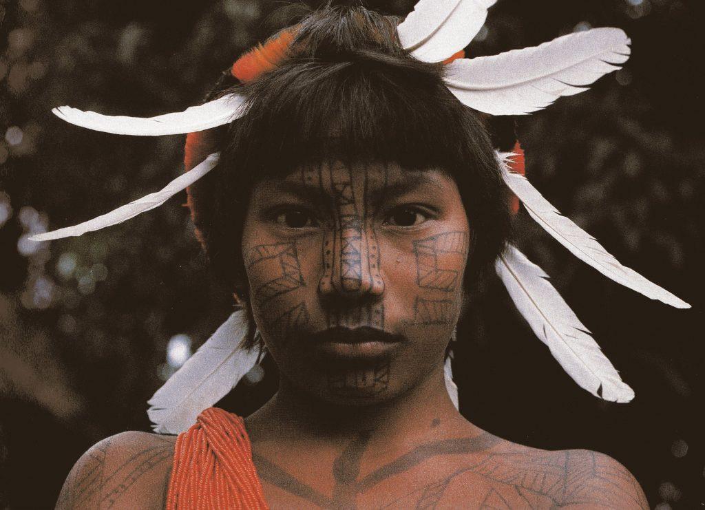 14ter-indios-indio-visage-peint0012500-rognee